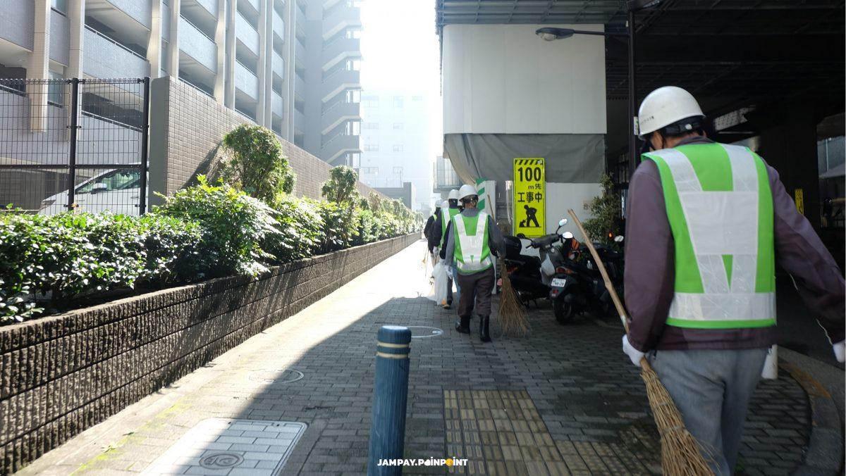 """""""ทำไมญี่ปุ่นถึงสะอาด ไม่มีฝุ่น และ ไม่ค่อยมีขยะ และดูสะอาด"""" คำถามจากผู้คนส่วนใหญ่ .. และภาพเหล่านี้ แสดงให้เห็นส่วนหนึ่งของความลับ .."""
